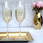 Decorate glasses. Simple and tasteful