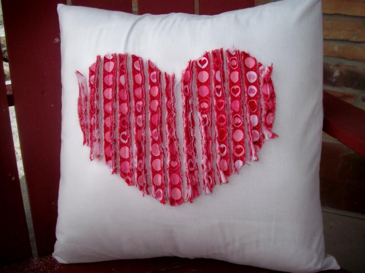 Valentines Day gift ideas for men. How to sew a pillow heart with ...
