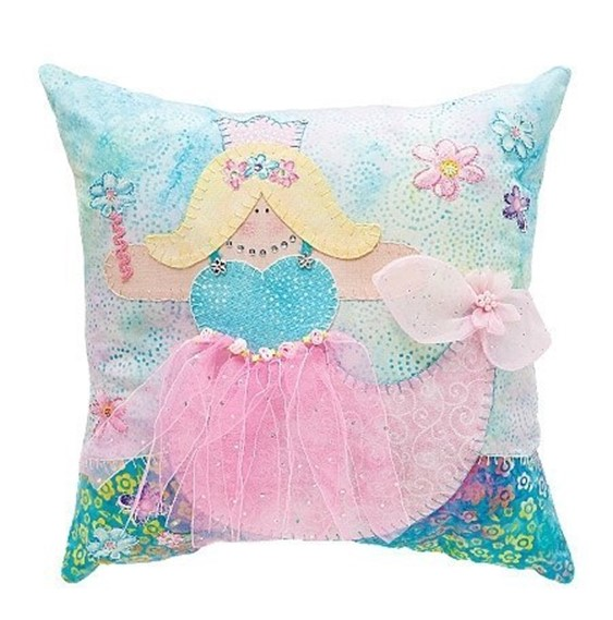 Making Decorative Pillows Ideas : Creative approach to making of decorative pillows for girls. Ideas ? DIY is FUN