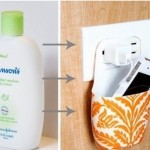 Suspended tray for charging cell phone made of bottle of shampoo