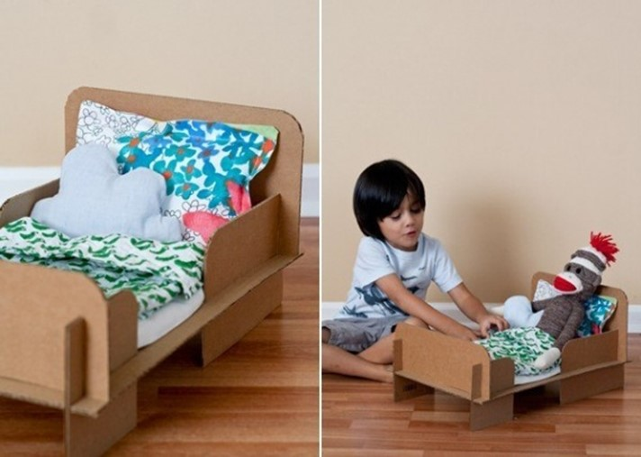 how to make a bed out of cardboard boxes