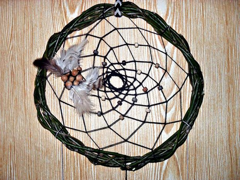 How To Make A Dreamcatcher With Your Own Hands Diy Is Fun