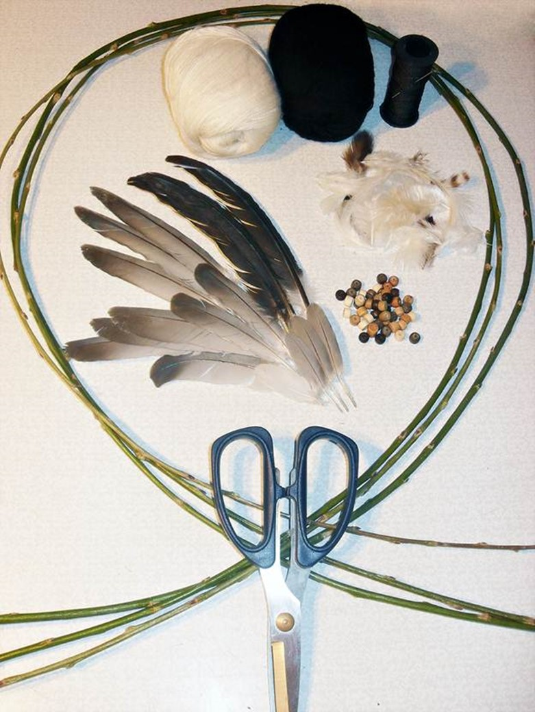 How to make a dreamcatcher with your own hands diy is fun for How to tie a dreamcatcher web