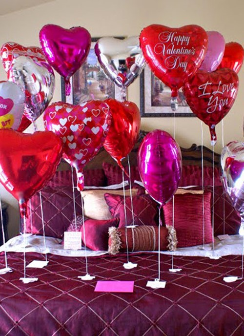 How to decorate an apartment for Valentine's day: few ...