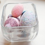 DIY Easter eggs from beads with their hands