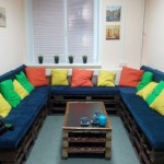 Economical homemade sofa from pallets