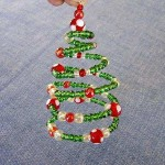 How to DIY unusual Christmas tree decoration