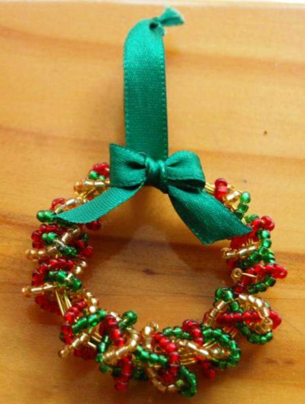 Christmas Table Decoration Ideas Beads : Handmade christmas decorations mini wreath of beads diy